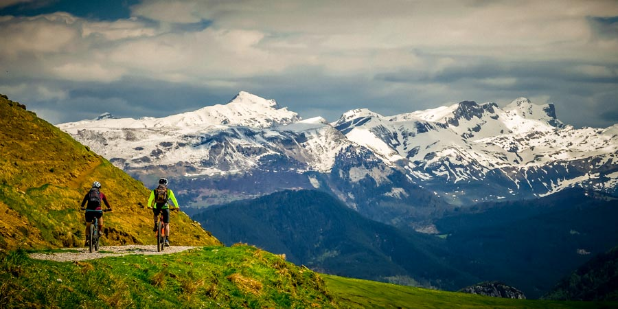 Pyrenees coast to coast mountain bike route